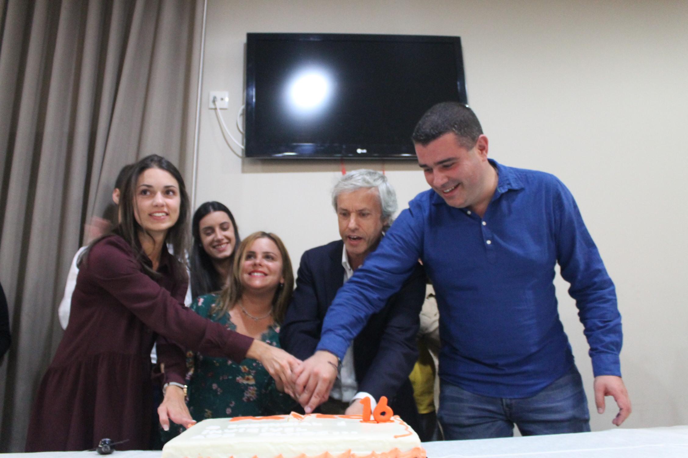 Momento de celebração do 16 aniversário PASEC